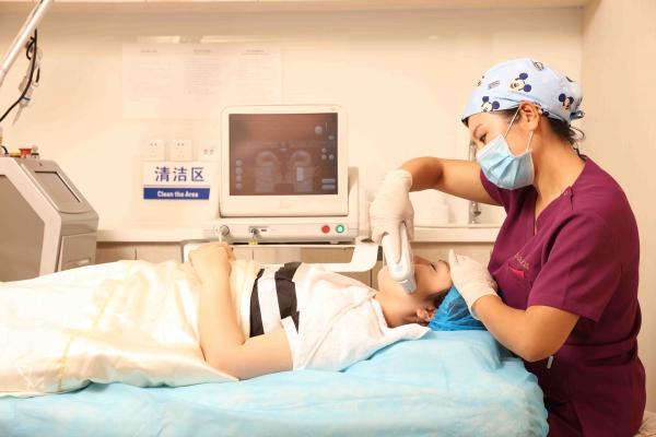北京叶美人医疗美容诊所环境图2