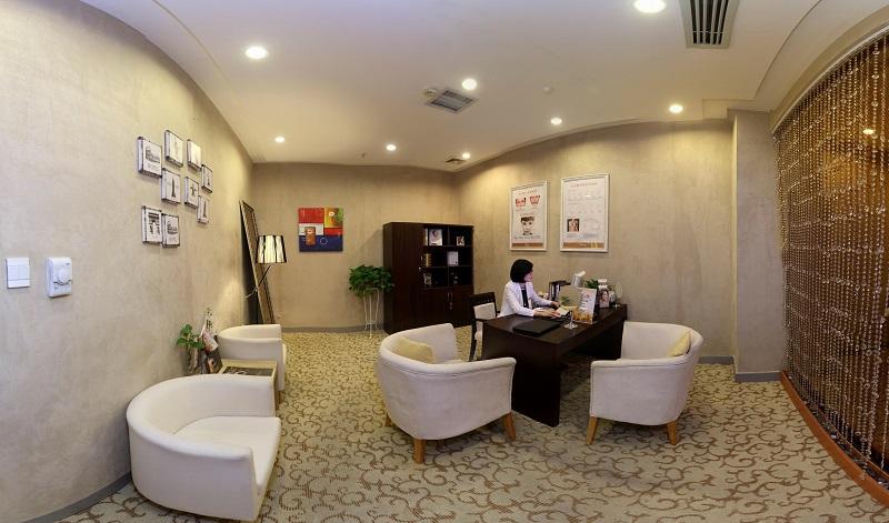 武汉艺星医疗美容门诊部环境图2