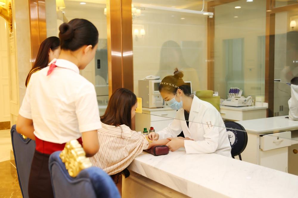 郑州华领医疗美容医院环境图4